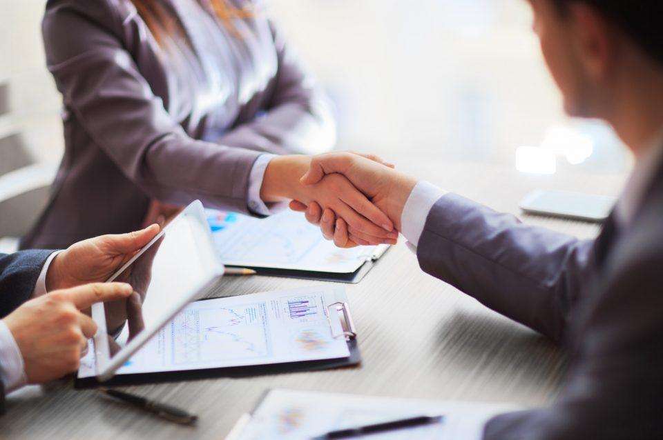 CRM (СРМ) для недвижимости – облачный инструмент для любых компаний